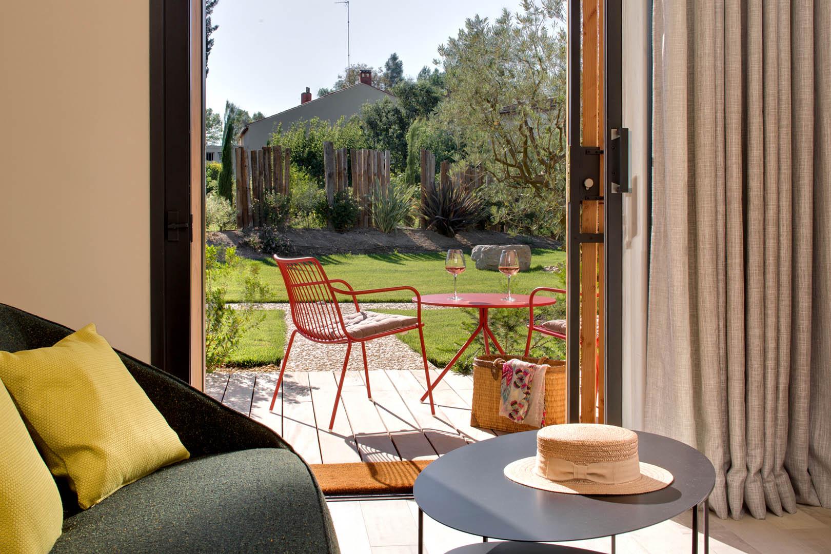 chambre avec terrasse privée, maison d'hôtes Alpilles, Le Pré Gourmand