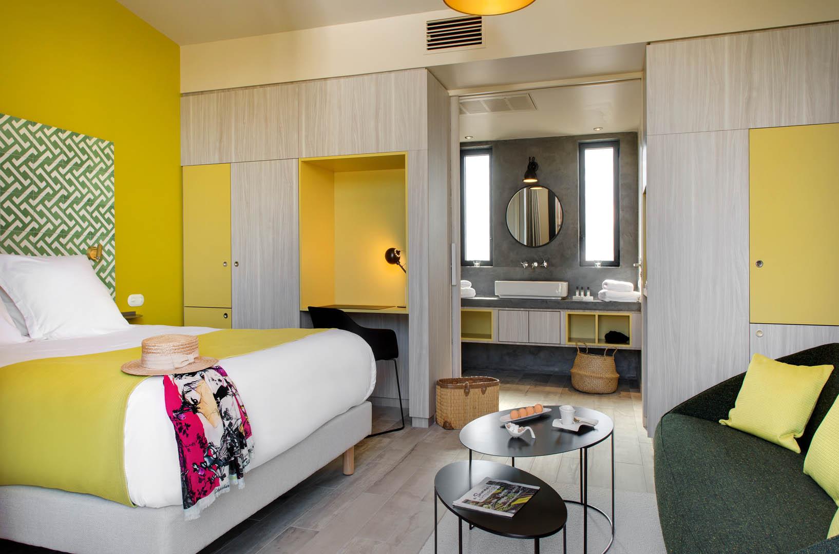chambre jaune, maison d'hôtes Alpilles, Le Pré Gourmand