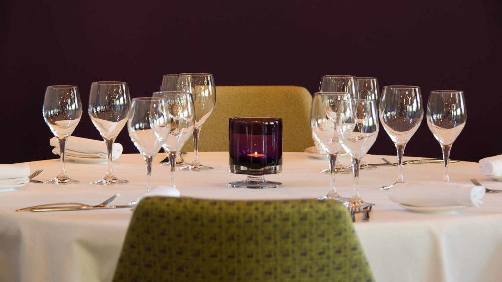 table de restaurant, restaurant gastronomique, Le Pré Gourmand